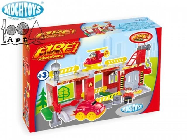 "MOCHTOYS 10667 - Конструктор ""Пожарна"", Размери: 24,5x47x25 cm"